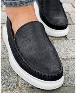 Мужские черные кожаные слипоны