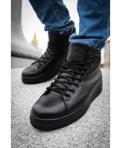 Ботинок на рифленой подошве (черные)